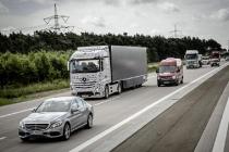 mercedes_benz_camion_03