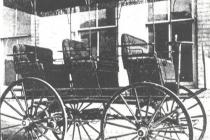 1890-morrison-electric-six-passenger-surrey