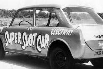 e-j-potters-super-slot-car-was-an-mg-1100-sedan-with-4-jet-engine-starter-motors-one-per-wheel