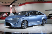 toyota_fcv-r_fuel_cell_concept_2012_06