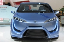 toyota_fcv-r_fuel_cell_concept_2012_07