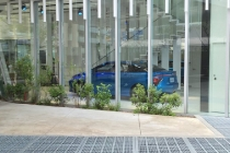 toyota-mirai-showroom-and-hydrogen-fueling-station-tokyo-japan-may-2015