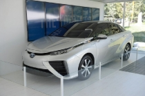 toyota_berlina_fuel_cell