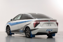trailblazing-toyota-fcv5