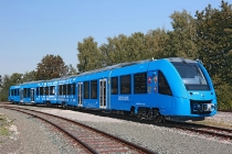 alstom_coradia_ilint_hydrogen_fuel-cell_train_02