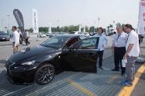 toyota_trulli_company_car_drive_01