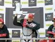 2011-tt-zero-motorcycle-race-winning-team-motoczysz_01