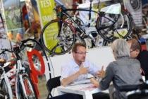 Lugano: 10° edizione VEL Expo Ticino 2012 esposizione veicoli efficienti. Nella foto uno degli stand dedicato alle biciclette elettriche.   © Ti-Press / Gabriele Putzu