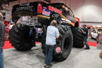 wimpy_bigfoot_electric_monster_truck_06
