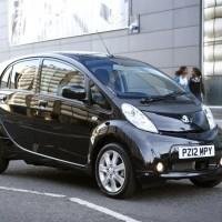 La Peugeot iOn scontata nel Regno Unito