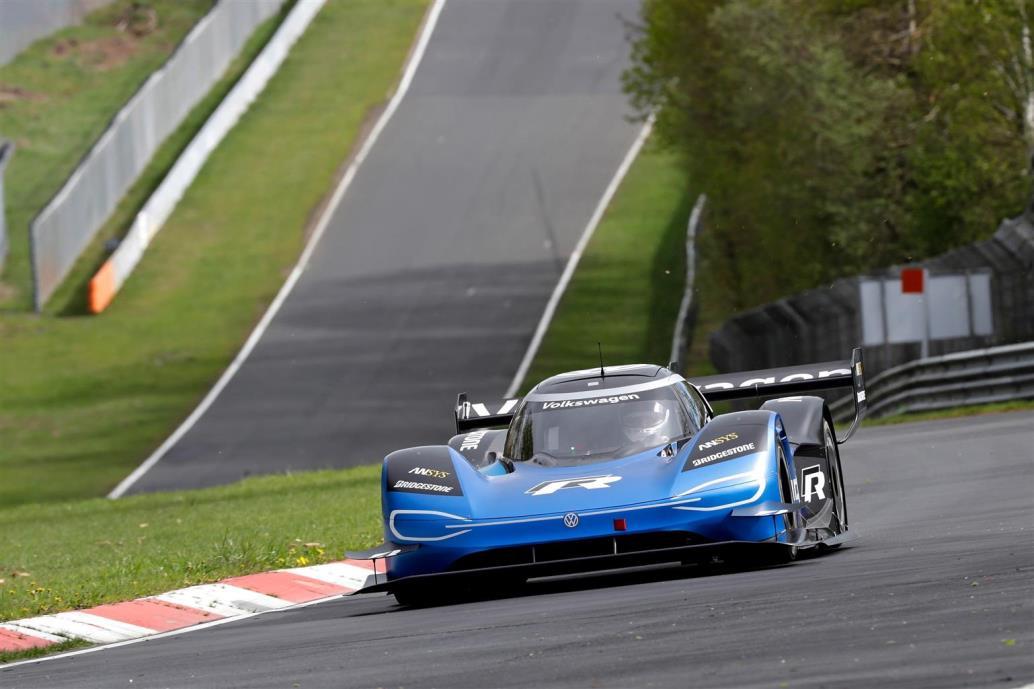 volkswagen_id-r_nurburgring_electric_motor_news_01