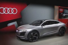 audi_e-tron_sportback_concept_electric_motor_news_01