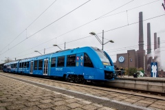 Alstom-First-contract-signature-3