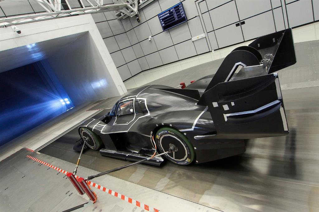 volkswagen_I.D._R_Pikes_Peak_electric_motor_news_03