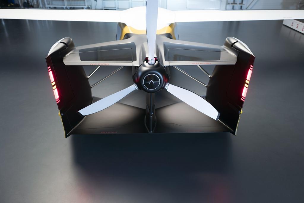 aeromobil_4.0_stol_air_configuration_electric_motor_news_03