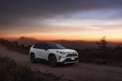 toyota_rav4_hybrid_2019_electric_motor_news_01