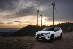 toyota_rav4_hybrid_2019_electric_motor_news_22