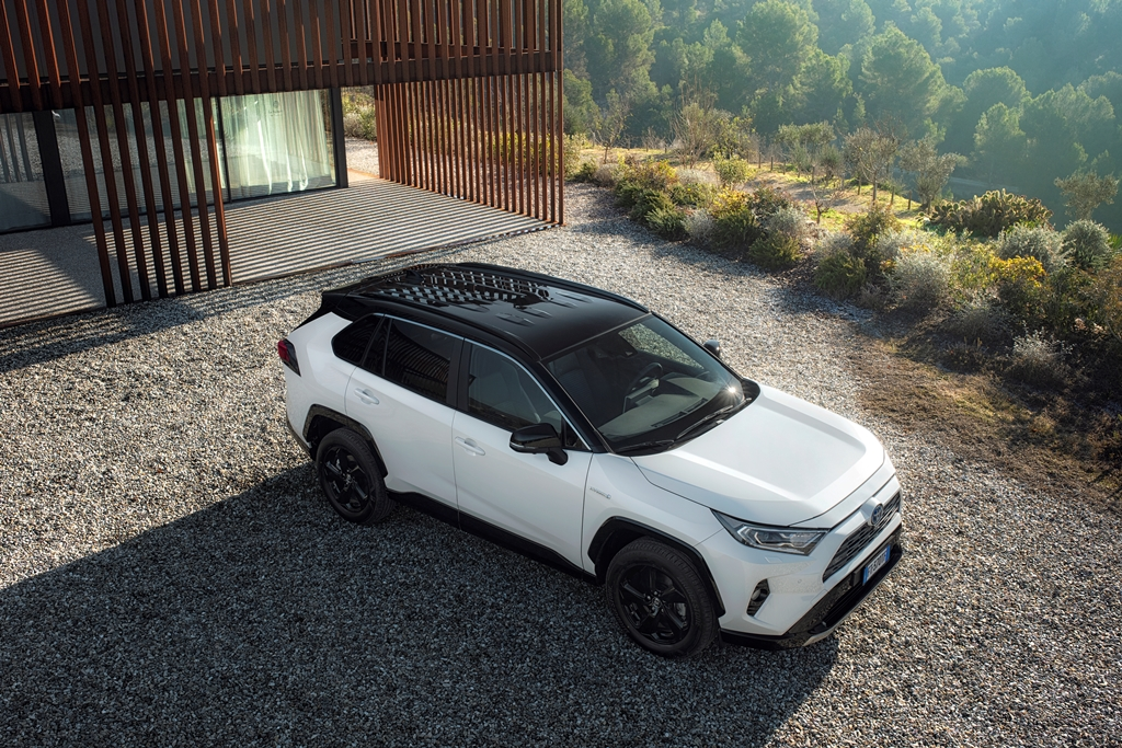 toyota_rav4_hybrid_2019_electric_motor_news_03