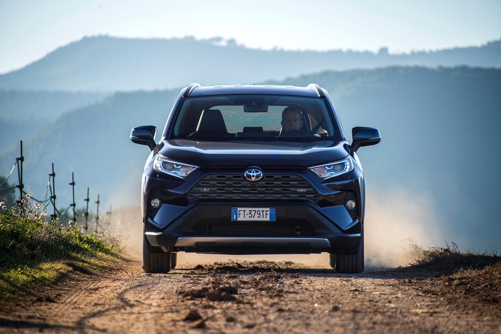 toyota_rav4_hybrid_2019_electric_motor_news_08