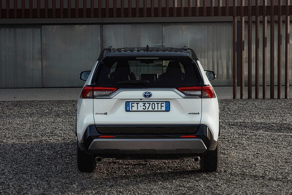 toyota_rav4_hybrid_2019_electric_motor_news_26