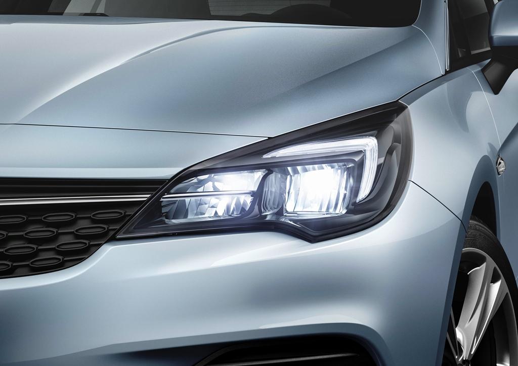 Opel-Astra-LED-Headlights-508681