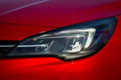 Opel-Astra-LED-Headlights-509011