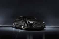 audi_e-tron_concept_electric_motor_news_06
