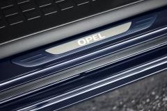 o_team_opel_zafira_life_06