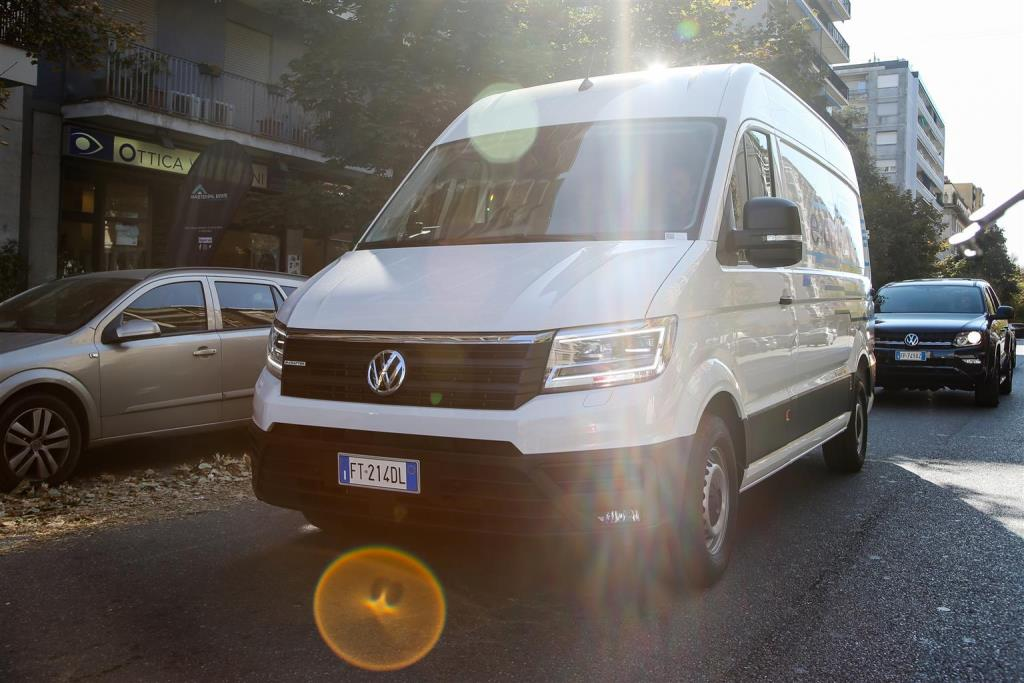 volkswagen_e-crafter_electric_motor_news_10