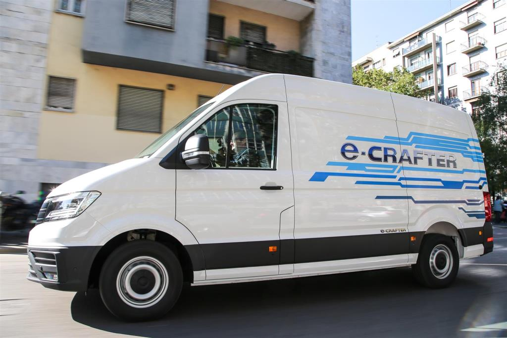 volkswagen_e-crafter_electric_motor_news_12