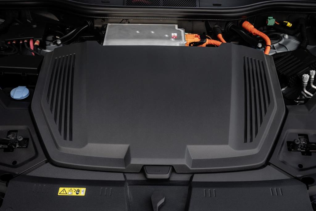 audi_e-tron_prevendita_electric_motor_news_10