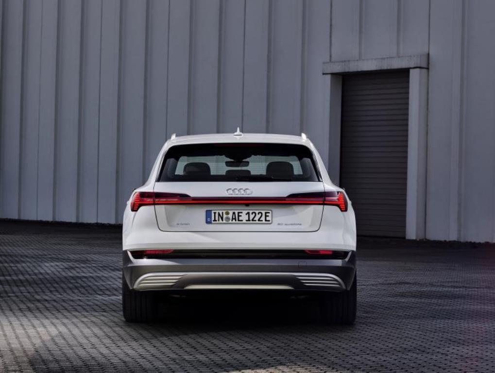 Audi-e-tron-50-quattro_004