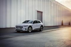 audi_e-tron-50-quattro_electric_motor_news_17
