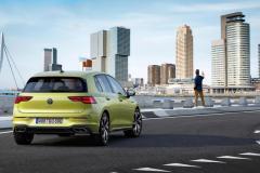 volkswagen_golf_8_r_line_electric_motor_news_05