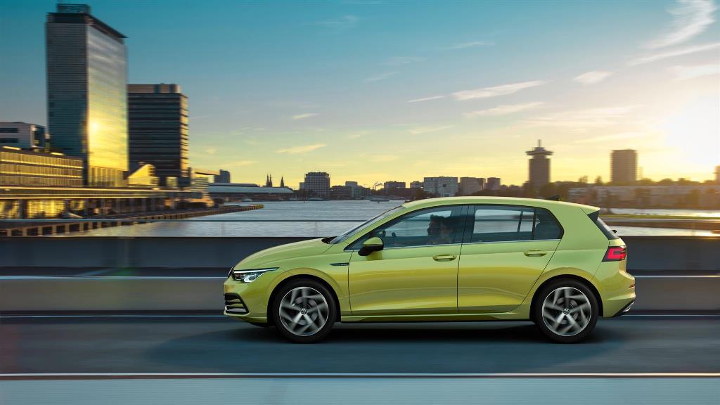 volkswagen_golf_8_electric_motor_news_12