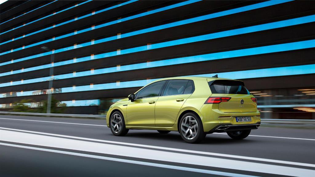 volkswagen_golf_8_electric_motor_news_13