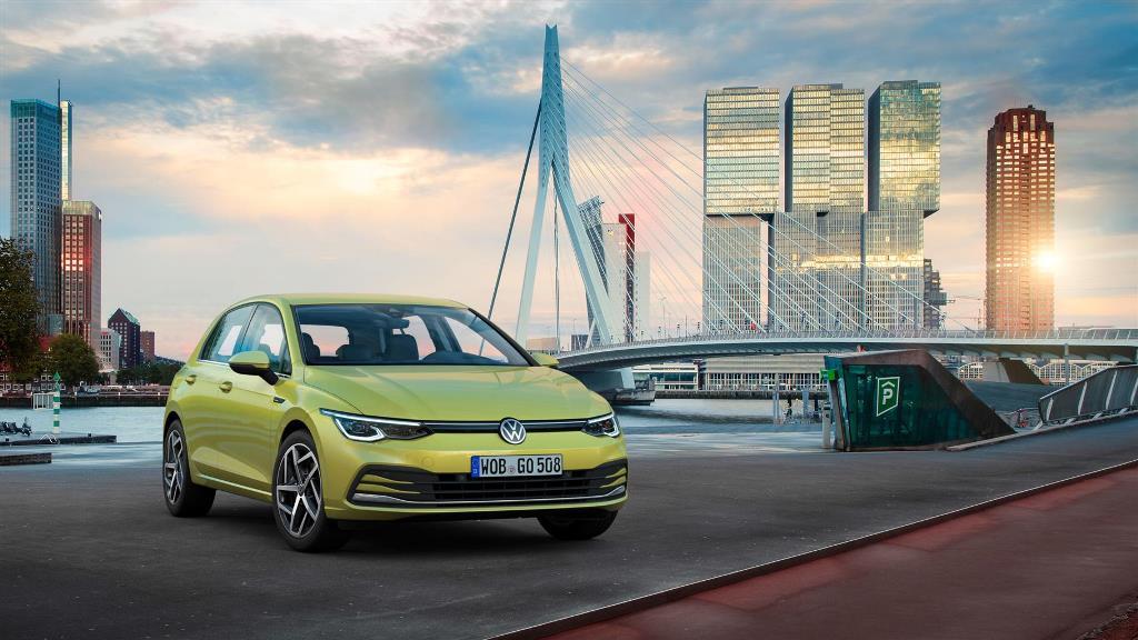 volkswagen_golf_8_electric_motor_news_16