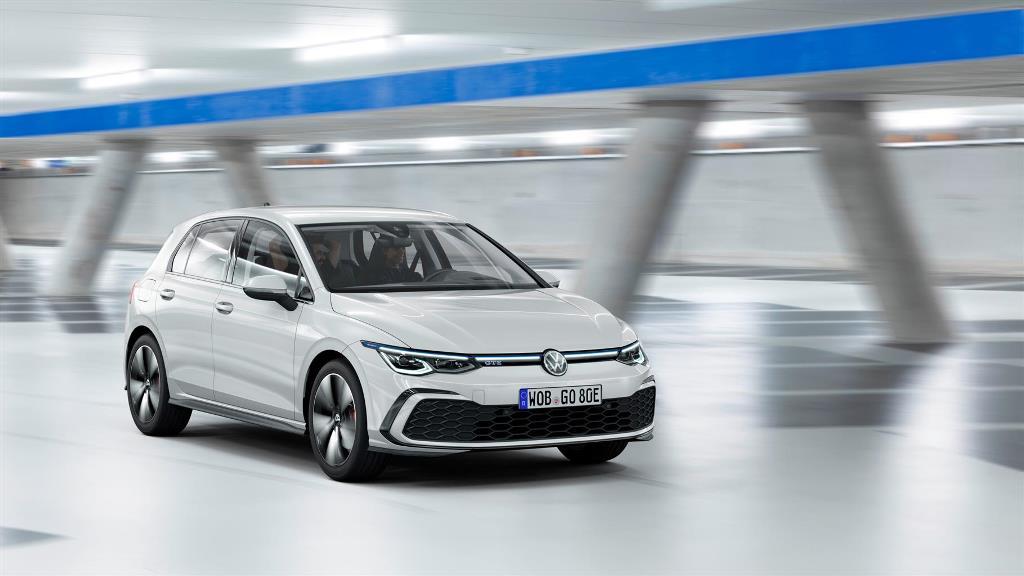 volkswagen_golf_8_gte_electric_motor_news_03