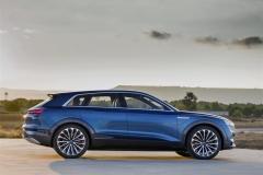 audi e-tron_quattro_concept_electric_motor_news_01