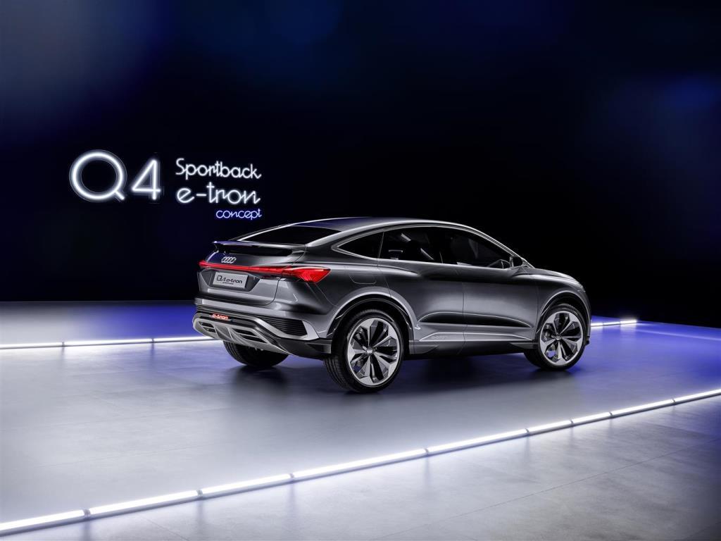 audi_q4_sportback_e-tron_concept_electric_motor_news_13