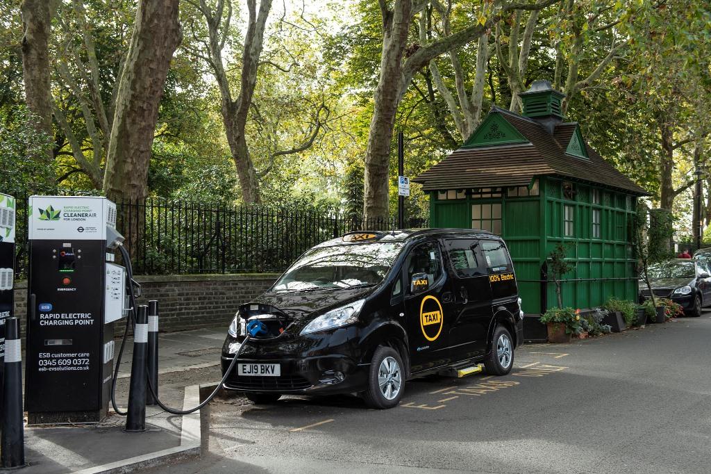 dynamo_e-taxi_electric_motor_news_01