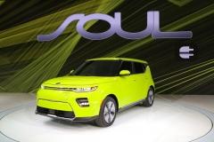 kia_soul_ev_los_angeles_2018_electric_motor_news_03