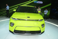 kia_soul_ev_los_angeles_2018_electric_motor_news_12