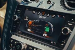 1798879_RP-Bentley-Bentayga-Hybrid-14