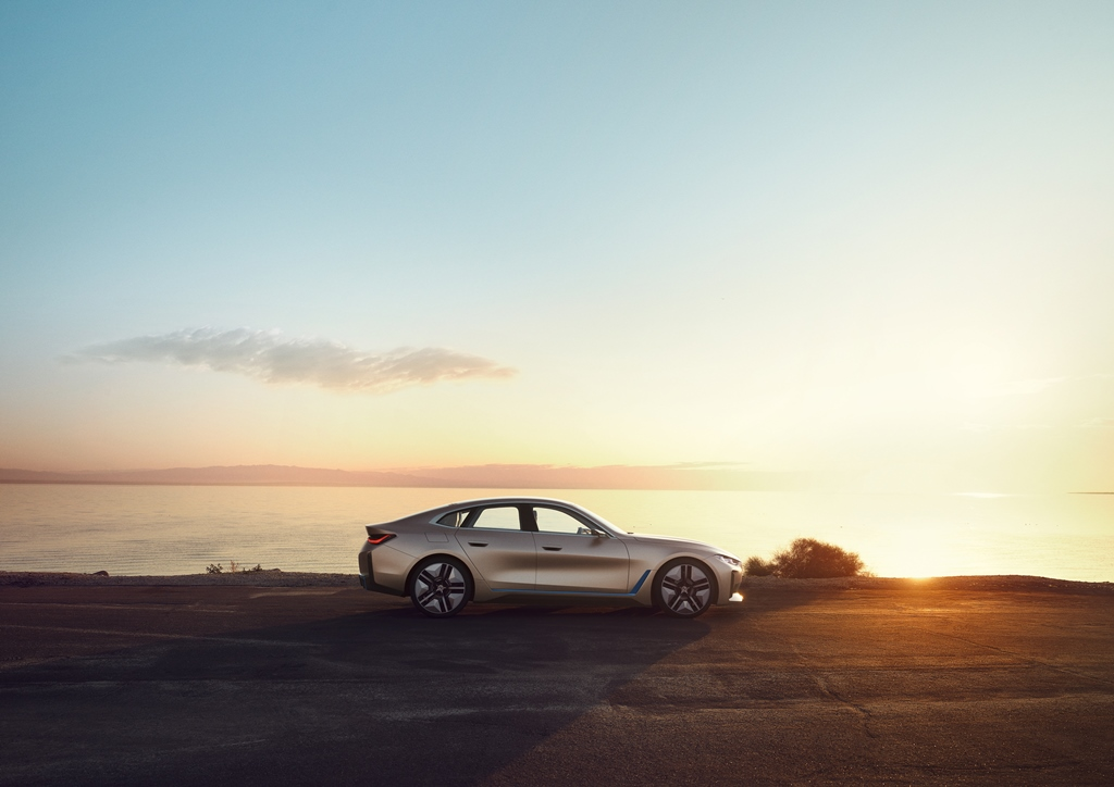 bmw_i4_concept_electric_motor_news_10