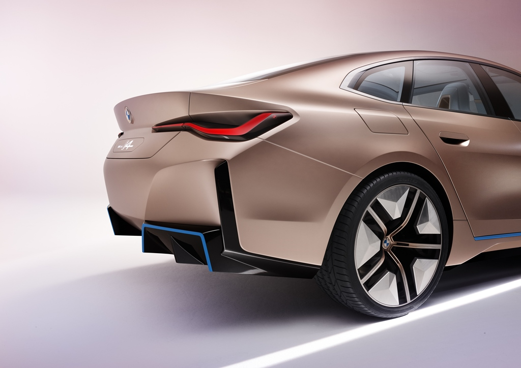 bmw_i4_concept_electric_motor_news_18