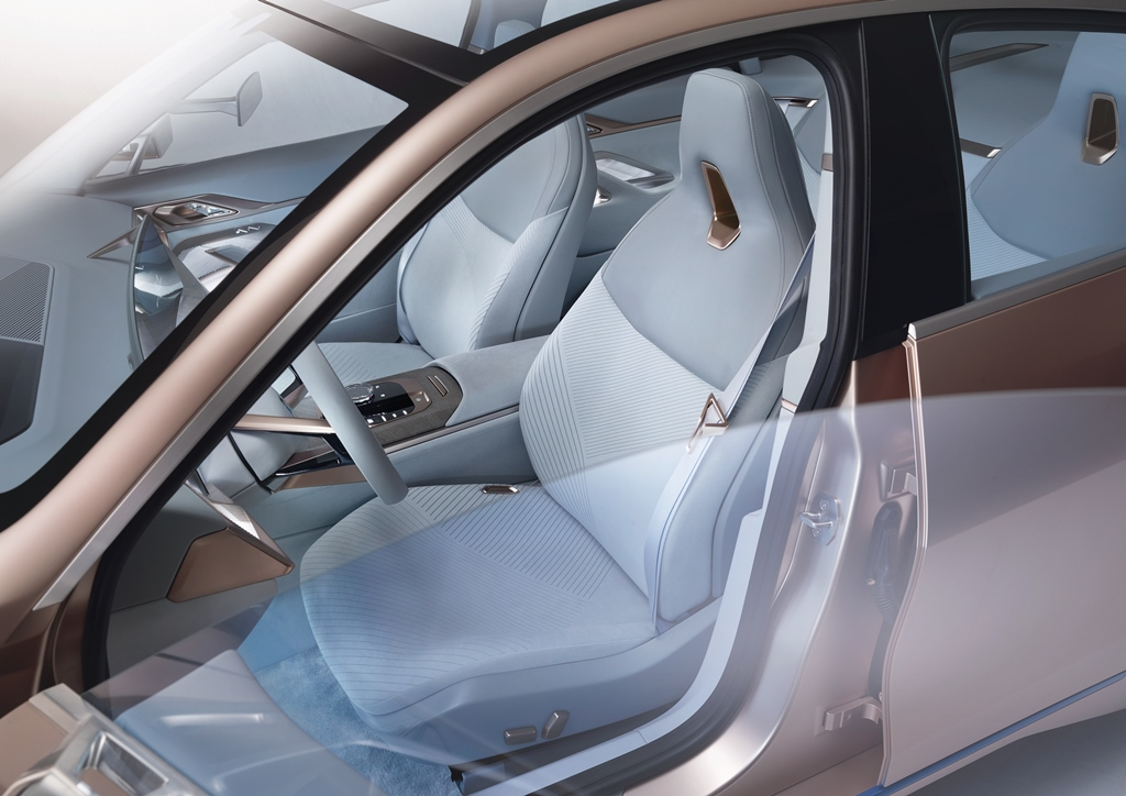 bmw_i4_concept_electric_motor_news_37