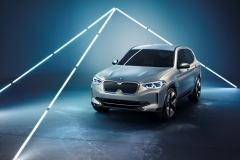 bmw_concept_ix3_electric_motor_news_11
