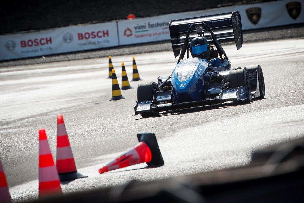 formulasae-italy18-bosch-trackbanner-042