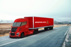 anheuser-busch-nikola-two-fuel-cell-semi_01